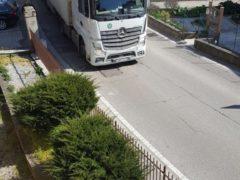 """Tir illegali a San Massimo, Benini: """"Domani scenderò personalmente in strada"""""""