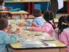 Colpo gobbo del centrodestra a danno delle famiglie: aumentano anche le mense scolastiche.  E si attendono sorprese anche sul fronte del trasporto scolastico
