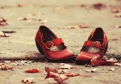 FEMMINICIDI, DONNE DEM: RAPPRESENTAZIONI FALSATE ALIMENTANO LA SCIA DI SANGUE ALLA BASE DELL'ASSASSINIO DI UNA DONNA C'È SEMPRE LA VIOLENZA